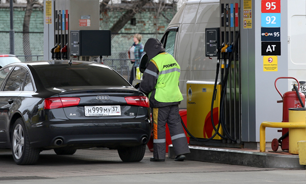 Дешевый бензин закончился раньше срока
