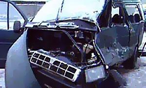 В Петербурге маршрутка врезалась в столб, ранены 7 пассажиров