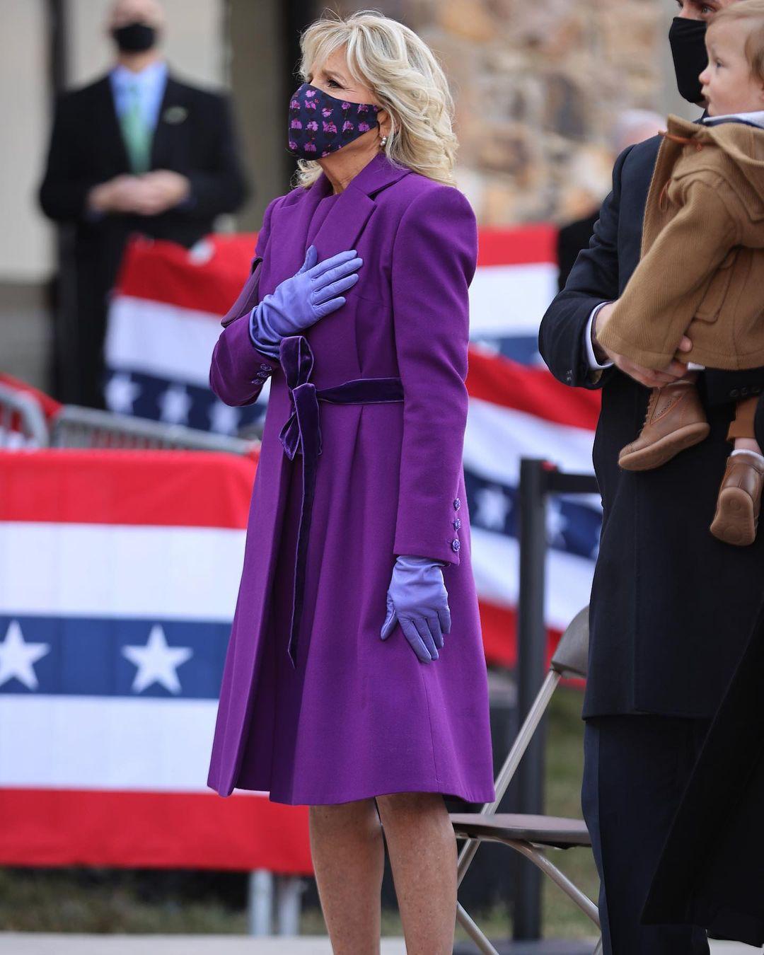 Джилл Байден в пальтоJonathan Cohen за день до инаугурации