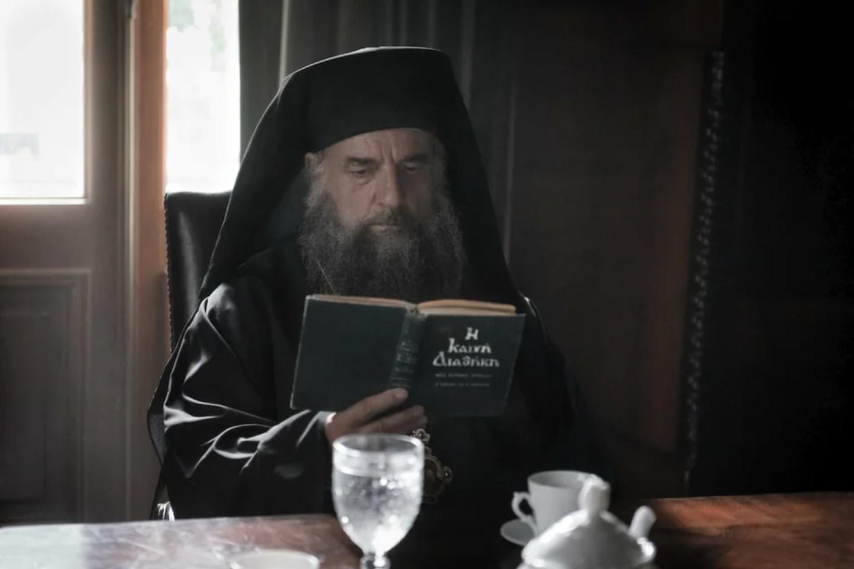 Кадр из фильма «Человек божий»