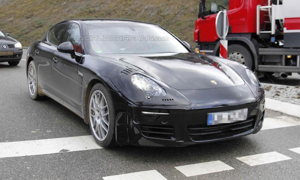 Новая Porsche Panamera «засветилась» перед камерами