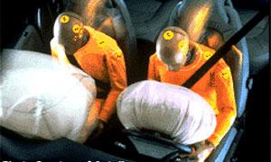 Первая подушка безопасности появилась на серийном Mercedes-Benz 25 лет назад