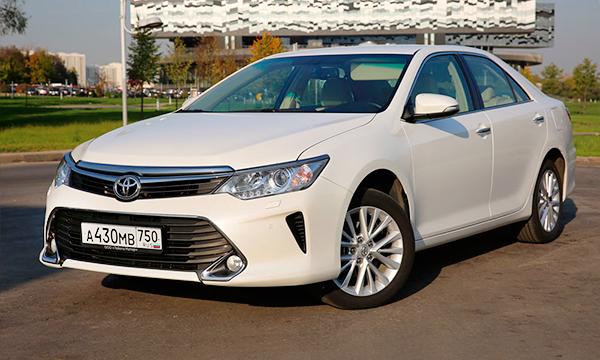 В автомобили Toyota для России установят сим-карты