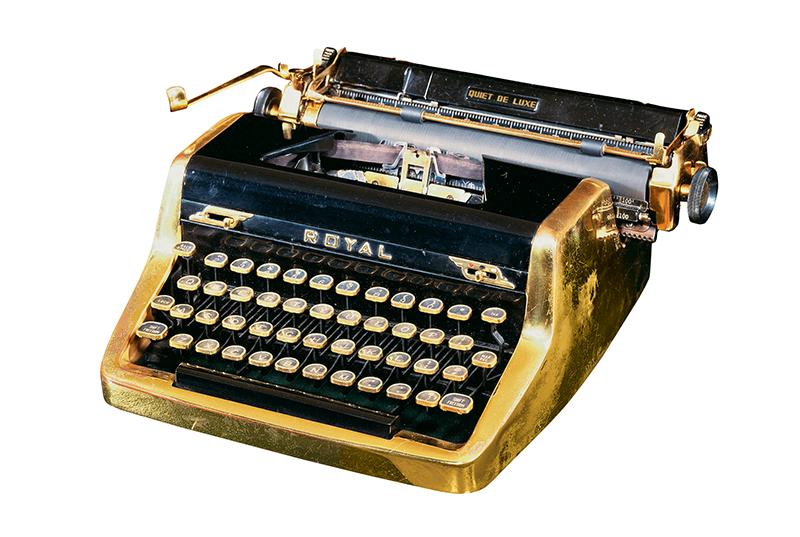 Золотая печатная машинка Яна Флеминга