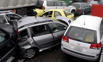 На объездной в Тольятти столкнулись 40 автомобилей