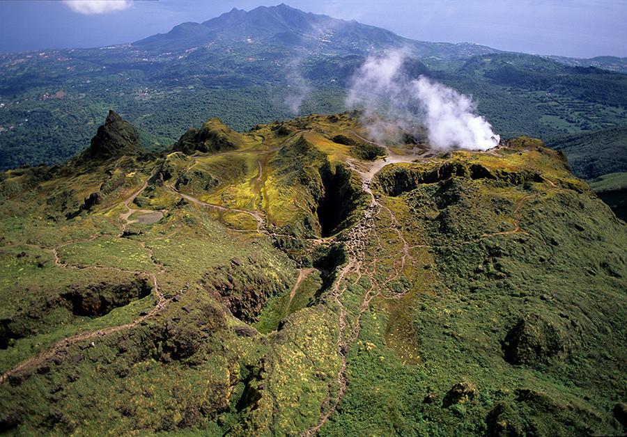 Вулкан Суфриер