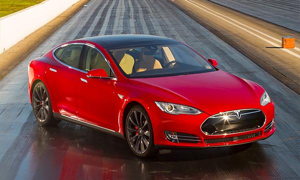 Робот с проблемой: почему автопилот Tesla не является автопилотом