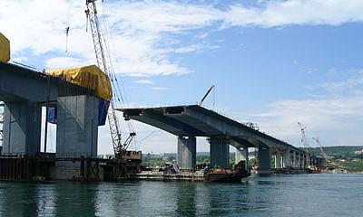 Через Лихоборку перекинут три новых моста