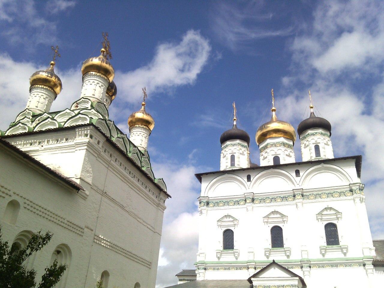 Вид наИосифо-Волоцкий монастырь