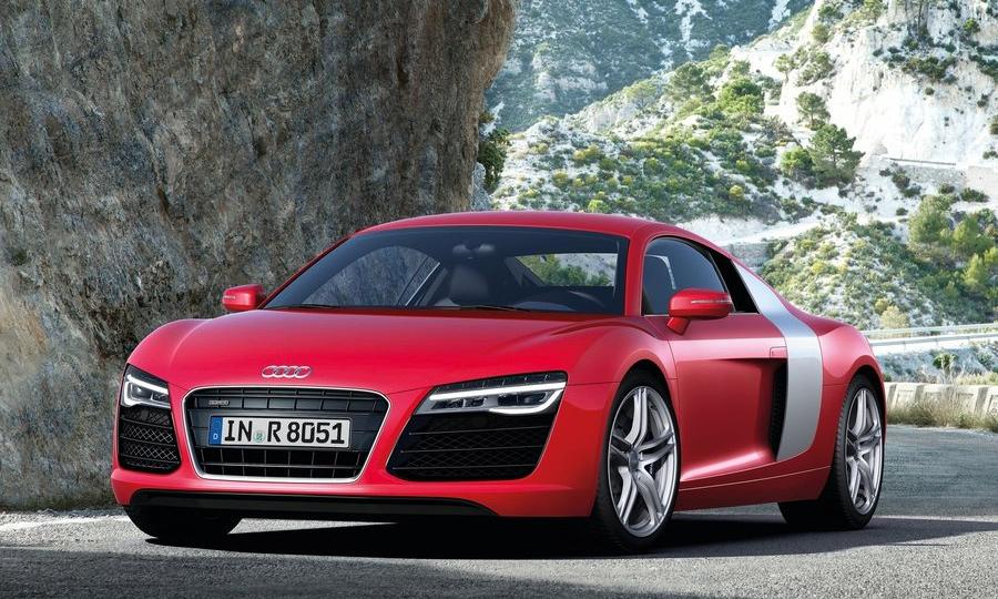 Audi объявила цены на обновленный суперкар R8
