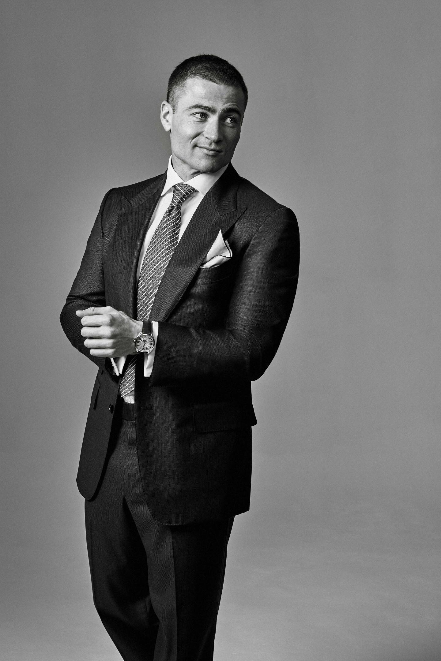 На Борисе: костюм, сорочка, галстук, платок - все Tom Ford, запонки Cartier, часы Drive de Cartier