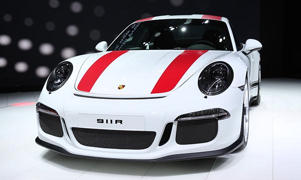Porsche показал спорткар с 500-сильным атмосферным мотором