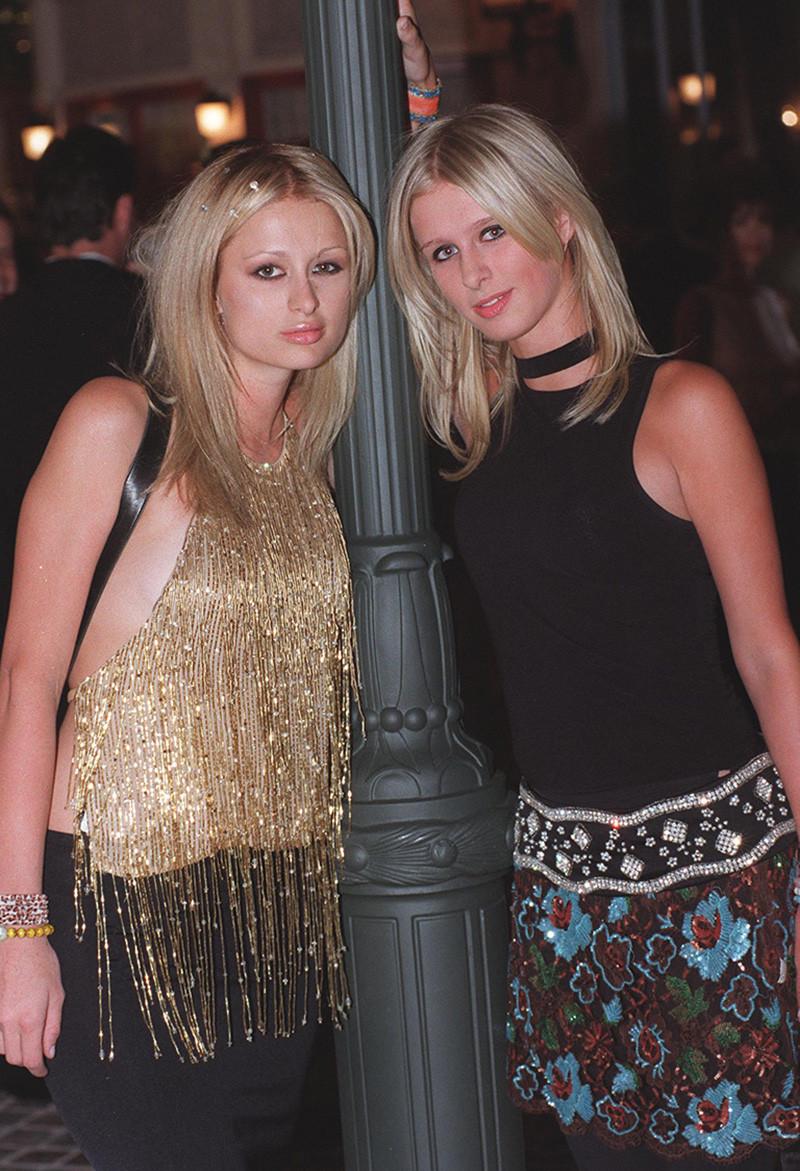 Пэрис Хилтон (слева), 1999
