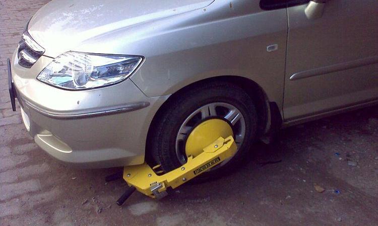 С неправильной парковкой хотят бороться по-африкански
