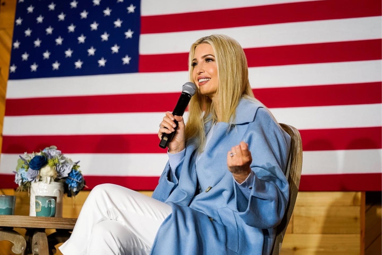 Иванка Трамп во время предвыборной кампании отца