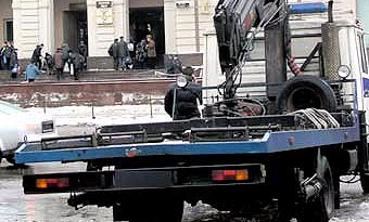 Зимой на московские улицы выйдут 80 эвакуаторов