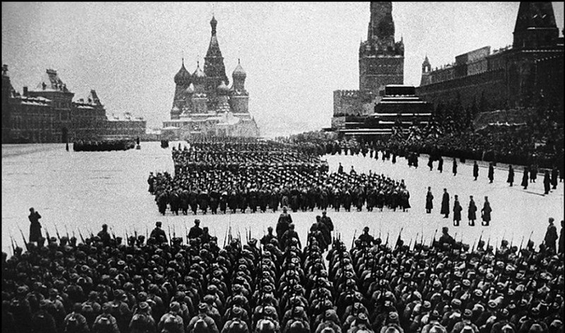 Кадр из фильма«Разгром немецких войск под Москвой»