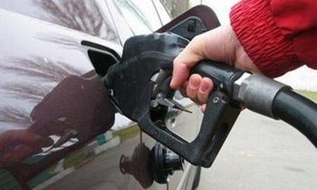Средние цены на бензин в РФ с 7 января по 13 выросли на 0,1%