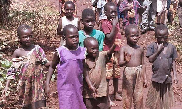 Дети из многодетных семей приветствуют инициативу Fiat