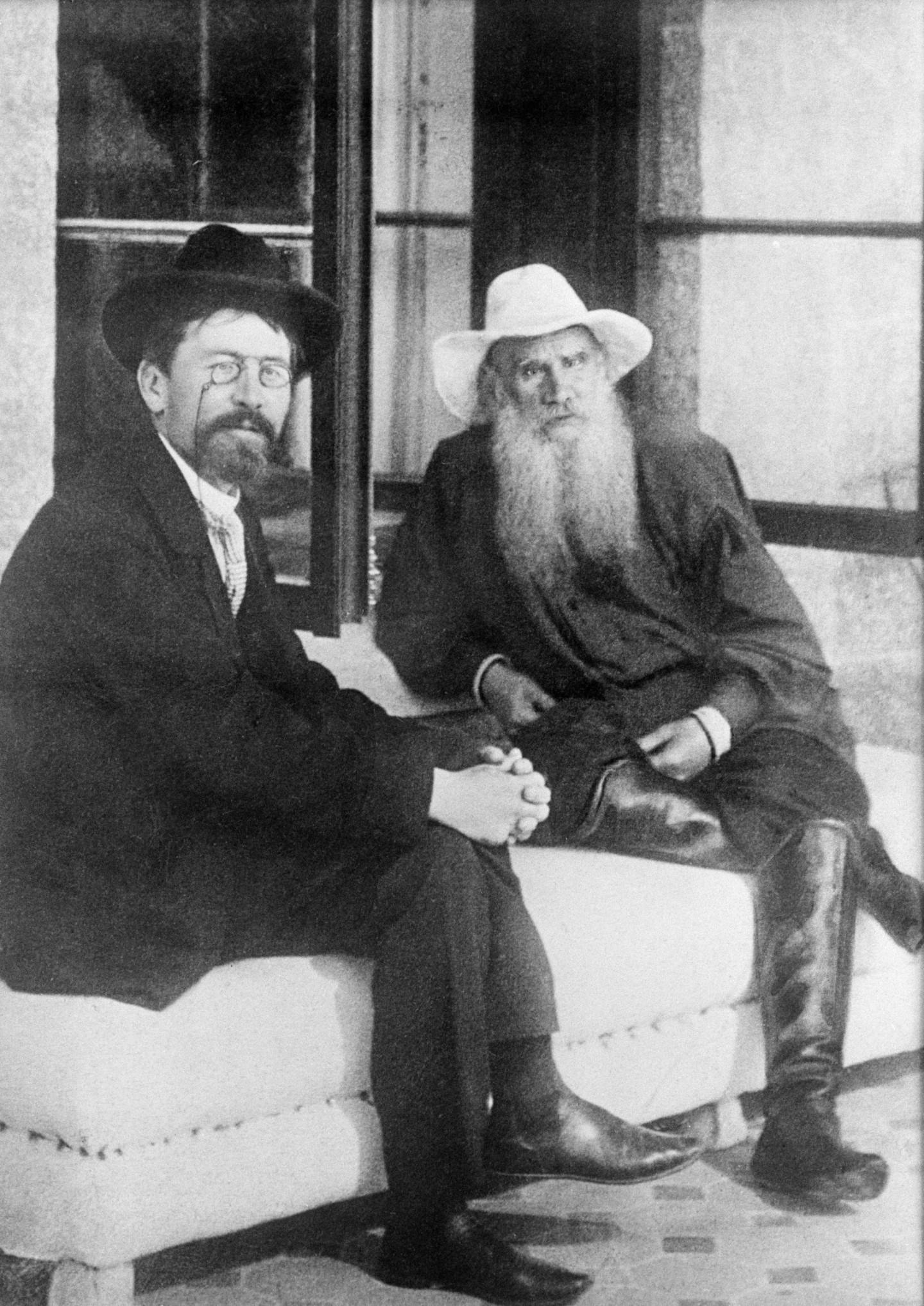 Антон Чехов и Лев Толстой, 1903