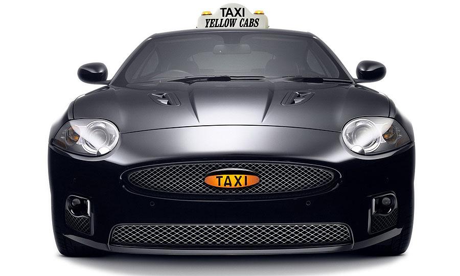 В Великобритании появились такси Rolls-Royce и Bentley