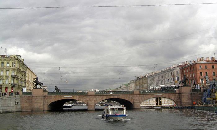 В этом году в Петербурге впервые появятся маршруты водного такси