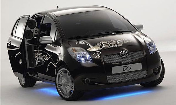 Toyota Yaris DJ