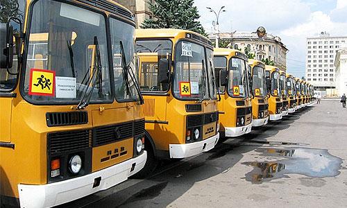 Водителей детских автобусов нарядят в костюмы Деда Мороза