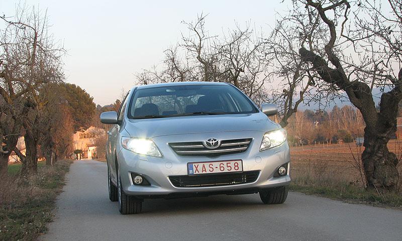 Первый тест-драйв новой Toyota Corolla