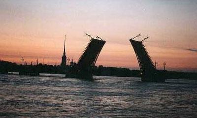 Петербургу присвоят звание автомобильной столицы России