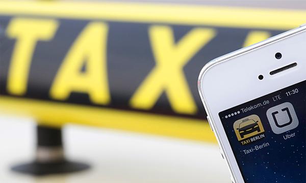 В России предложили запретить приложение по вызову такси