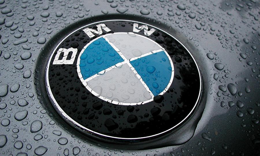 BMW выпустит семиместный внедорожник