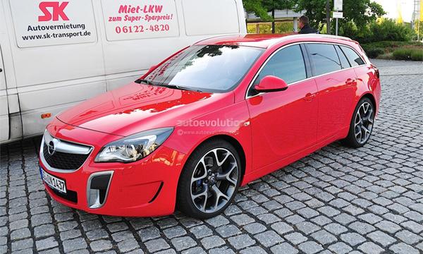 Opel Insignia OPC заметили без камуфляжа
