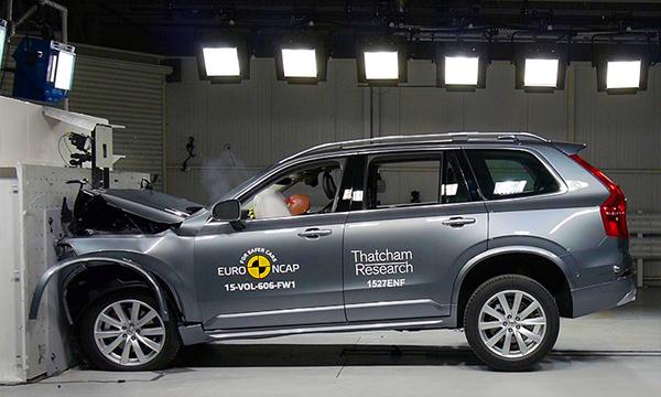 Volvo XC90 набрал рекордное количество баллов в краш-тестах Euro NCAP