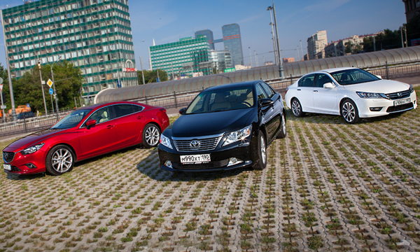 Сказка о трех желаниях: Accord и Mazda6 против Camry