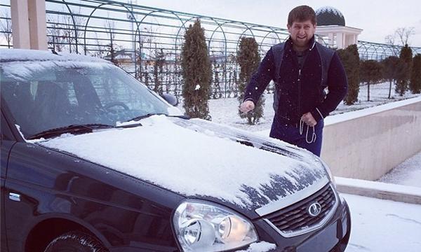Кадыров похвалил обновленную Lada Priora за удобный салон