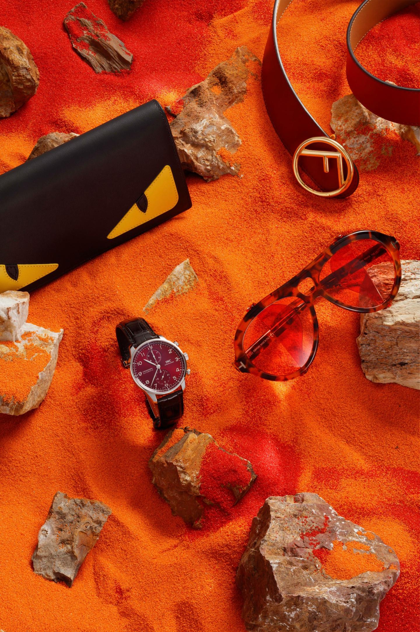 Портмоне, ремень — все Fendi (бутик Fendi); очки Tom Ford (ЦУМ); часы Portugieser Chronograph, IWC Schaffhausen (бутик IWC Schaffhausen)