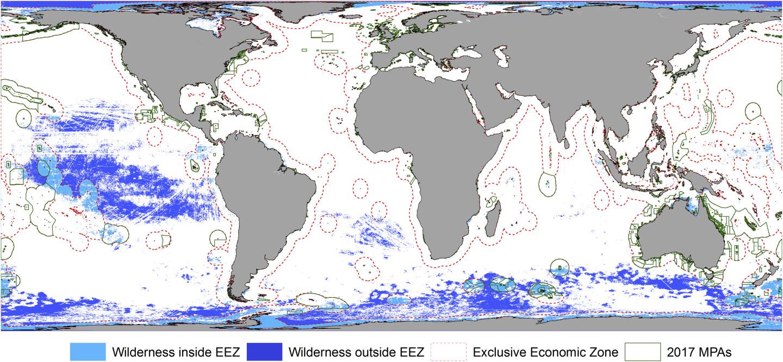 Карта нетронутых акваторий: голубым цветом обозначены участки внутри исключительных экономических зон, темно-синим —в районах за пределами национальных юрисдикций, зеленым — в районах, находящихся под защитой законодательства