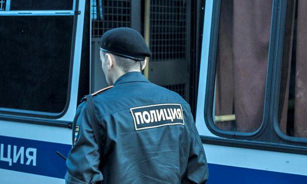 Охрана VIP-кортежа избила водителя в центре Москвы