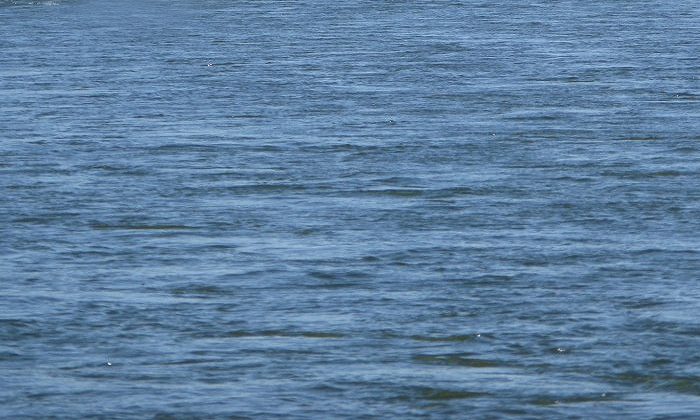 В Хабаровском крае в реке утонул УАЗ с тремя полицейскими