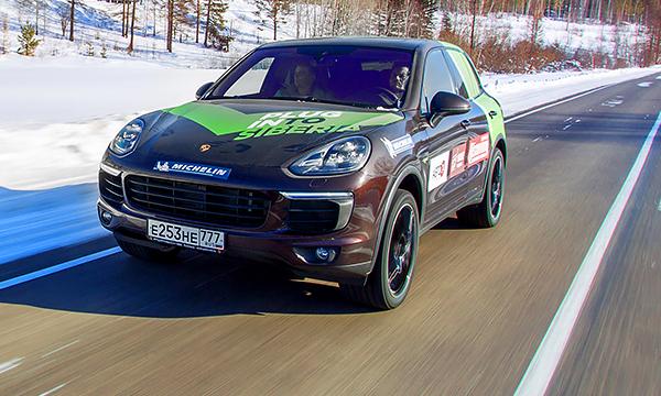 Электромоторы в Сибири. Тест-драйв гибрида Porsche Cayenne