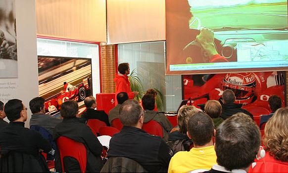 Ferrari открывает в Канаде школу вождения