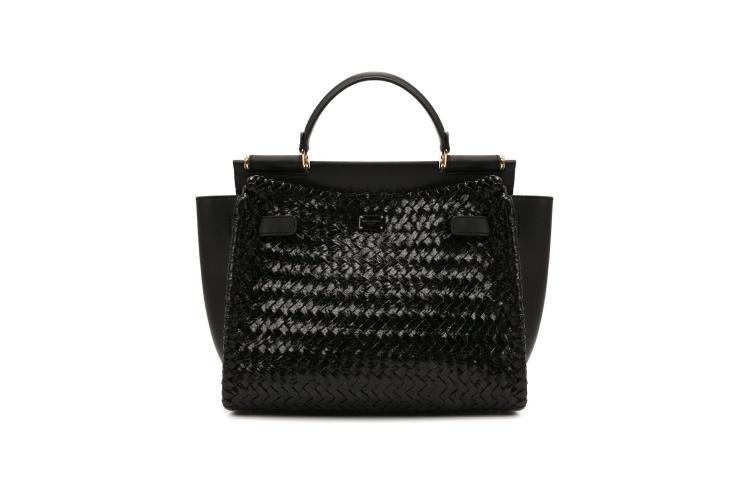 Женская сумка Dolce & Gabbana, 571 500 руб. (Барвиха Luxury Village)