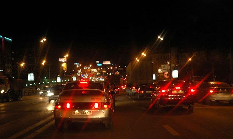 Московские дорожники добились 100-процентной освещенности МКАД и ТТК