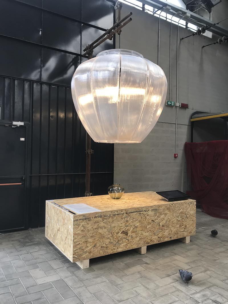 Светильник Wilhelm, дизайн Тициано Вудафьери, выставка Plastic Master's Pieces, Милан, апрель 2019