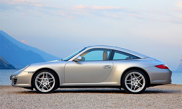 Cadillac разработает конкурента Porsche 911