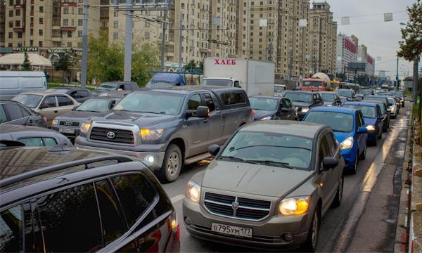 Москва оказалась вторым городом в мире по уровню автомобилизации