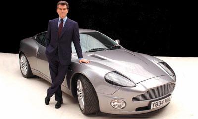 Aston Martin Vanquish Джеймса Бонда
