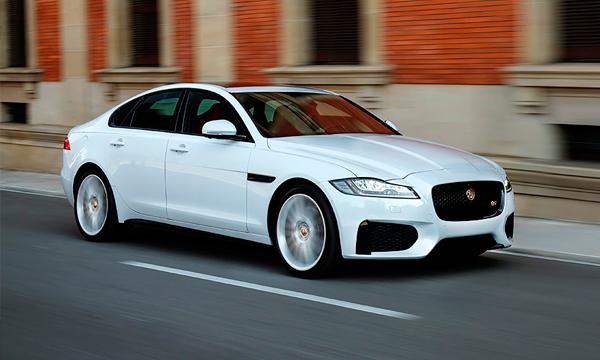 Jaguar назвал российские цены на новый XF