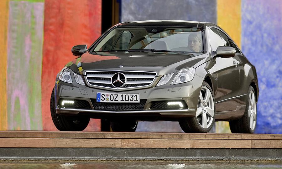 В России стартуют продажи нового купе Mercedes-Benz E-Class